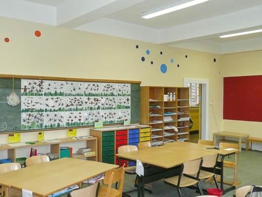 Besser lernen klassenr ume k lner schule lotos for Innenarchitektur schule