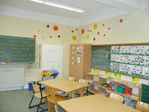 Besser lernen klassenr ume k lner schule lotos for Innenarchitektur lernen
